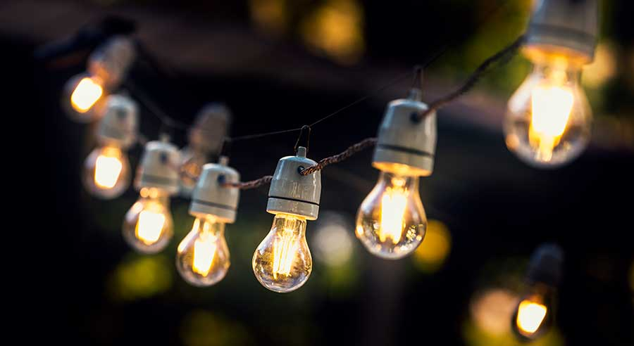 Location jeux de lumières, guirlandes guinguettes, spot près d'Auray, Pluneret, Plumergat, Vannes, Pleren, Arradon, Caudan, Lanester, Pontivy
